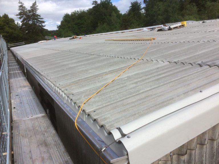 Abschluss des neuen Dachs.
